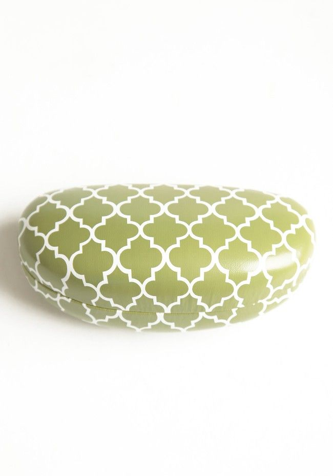 Green Quatrefoil Indie Sunglasses Case | Modern Vintage Accessories