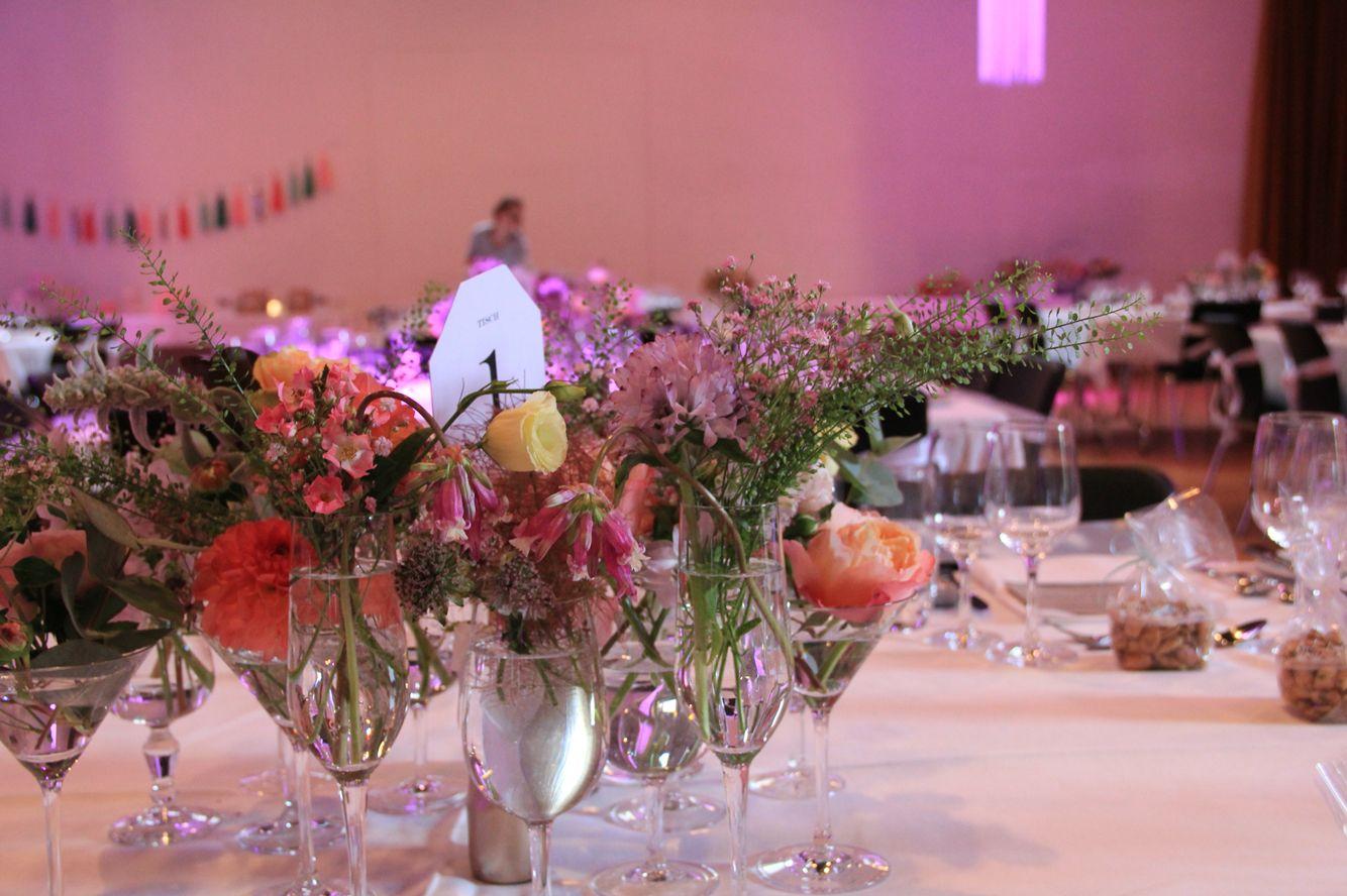 Tischdekoration pastelltöne