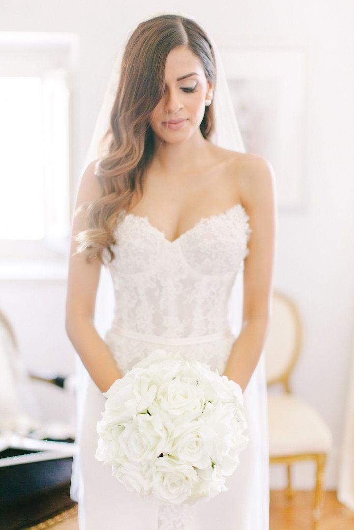 Pure white bridal bouquet  for a Breathtaking Fairytale Venice Wedding + Steven Khalil wedding dress | itakeyou.co.uk #wedding #venicewedding #destinationwedding #elegantwedding #white #goldwedding #fairytalewedding