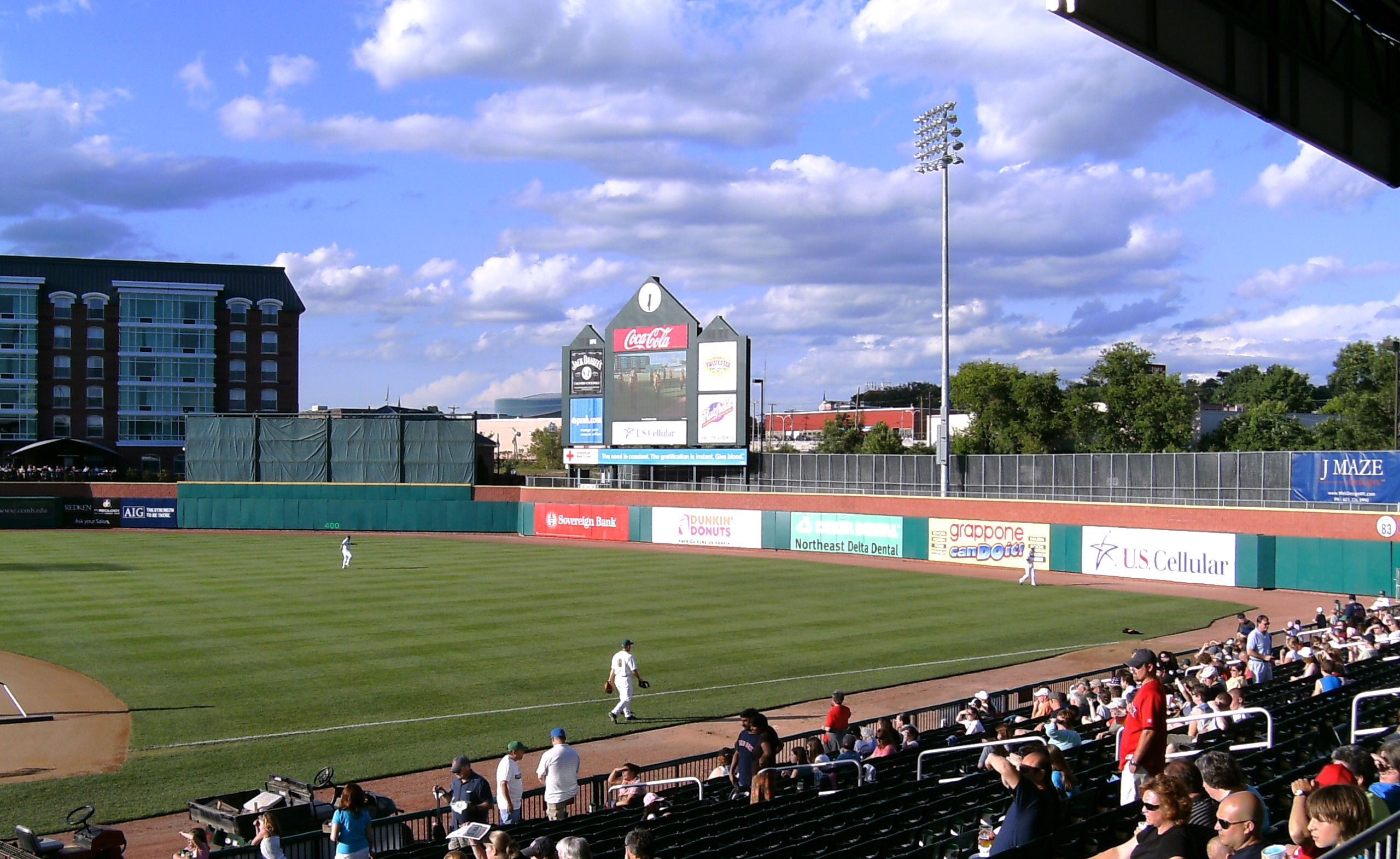 Minor League Baseball In Manchester N H Home Of The Fischer Cats Minor League Baseball Baseball Baseball Field