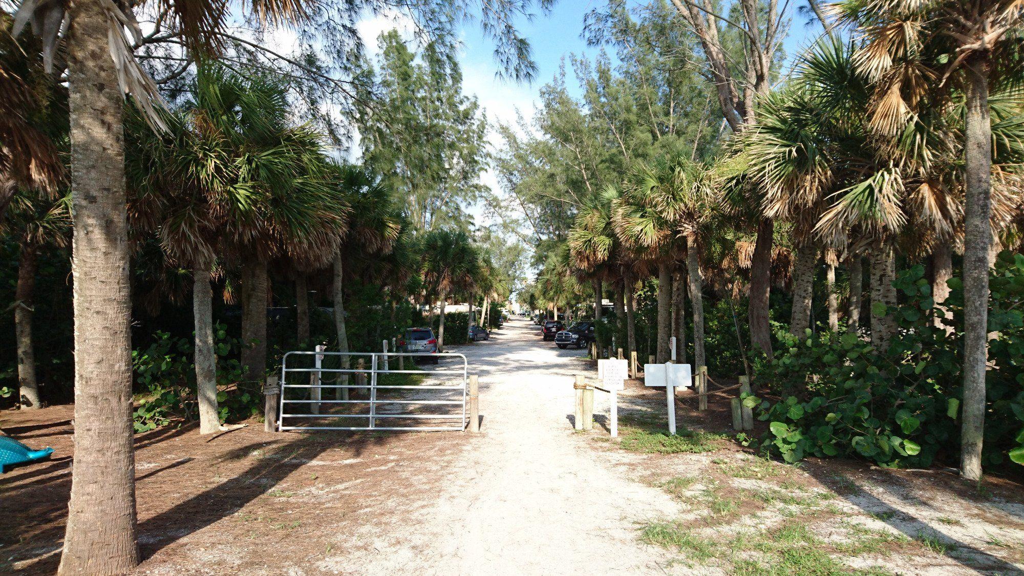 Turtle Beach Campground Sarasota Fl Trolley Runs To Downtown 2 Restaurants