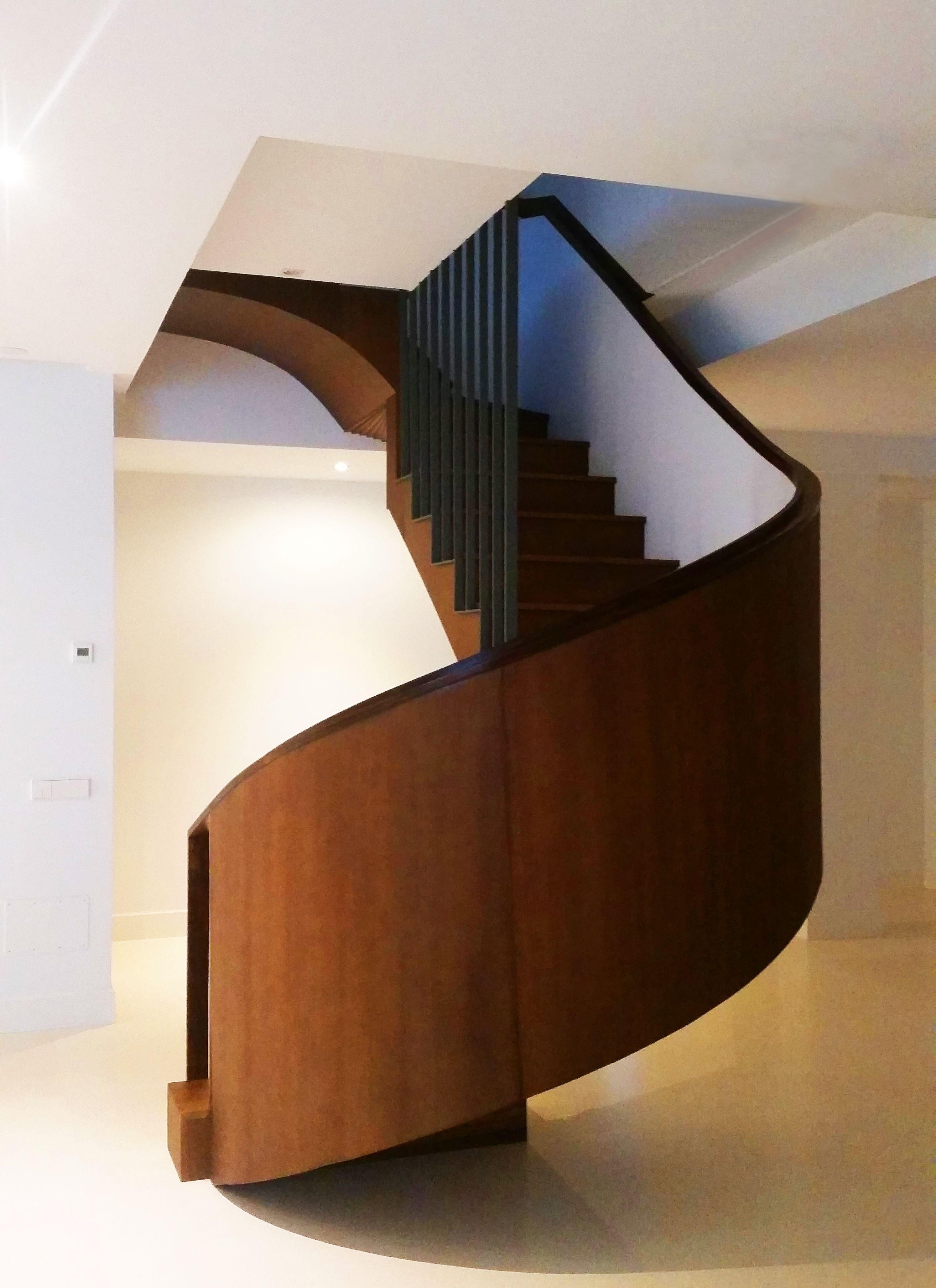 Escalera curva de madera - Escalera madera ...