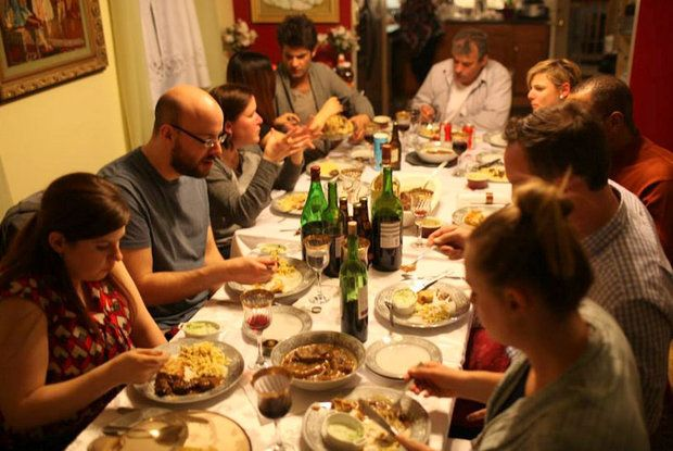 The World Is One Big Dinner Table, Thanks To These Amazing Food Sharing  Initiatives That Are Connecting Strangers To Incredible Dining Experiences.