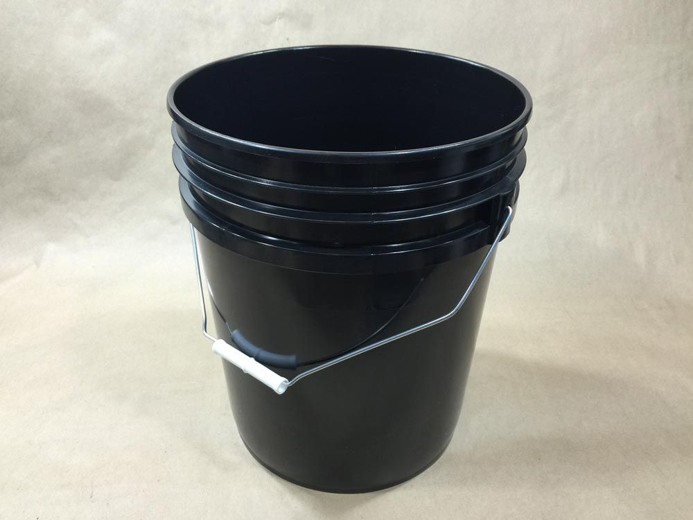 5 Gallon Black Plastic Pail For Tack Coat Yankee Containers Drums Pails Cans Bottles Jars Jugs And Boxes Plastic Pail Plastic Buckets Pail