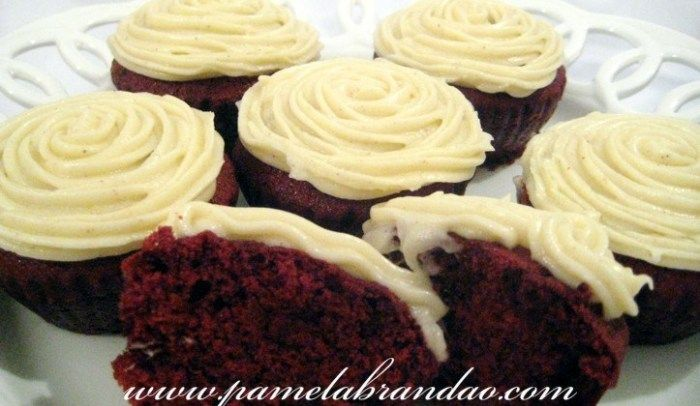 Cupcake de Veludo Vermelho (Red Velvet Cupcake #redvelvetcheesecake