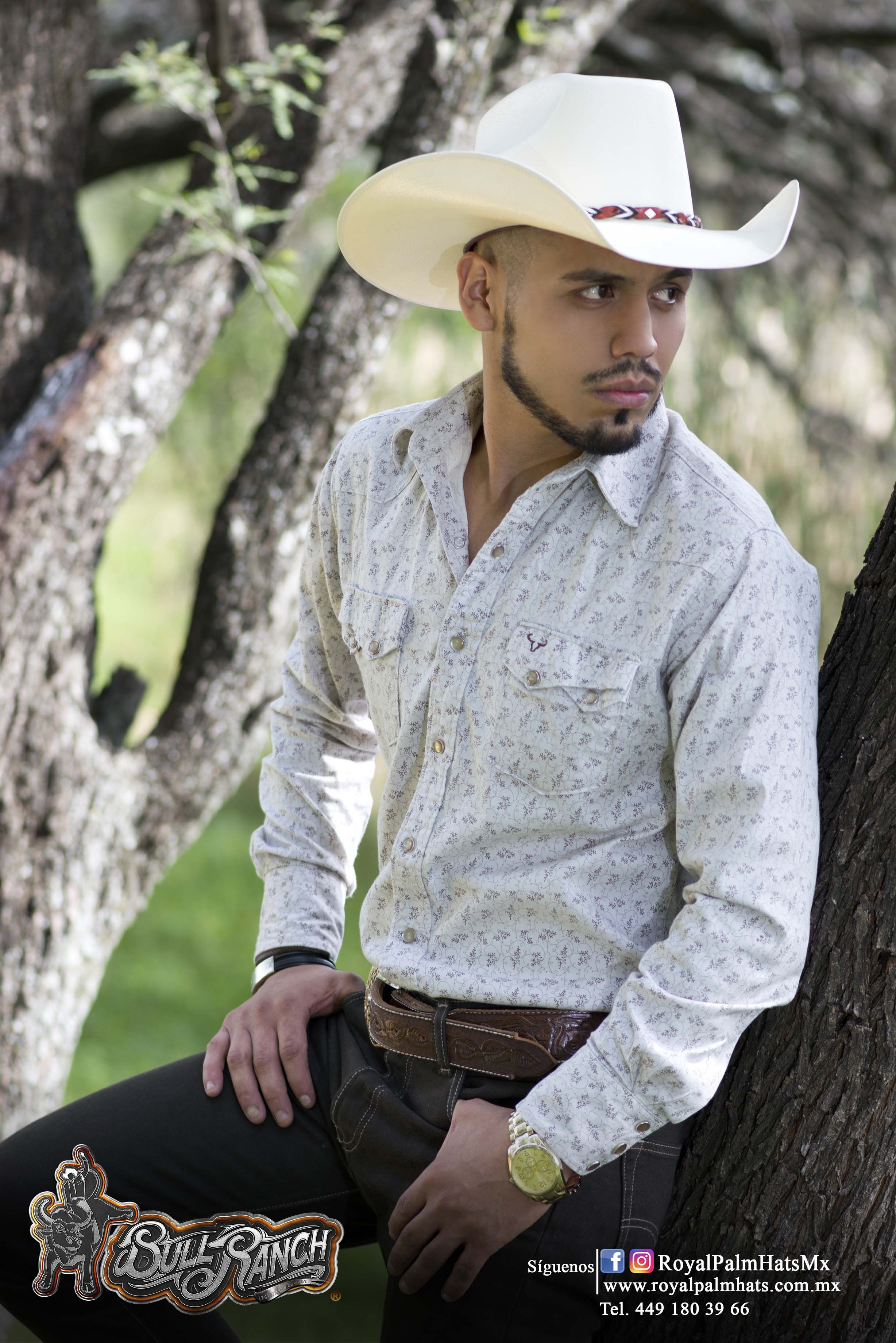 Vaquero  Sombrero  Ranchero  Estilo  Outfit  Gallos  Banda  Rancho  Rodeo   Toro  MujeresVaueras  HombresVaqueros  Semental  Palma  Corral  Ervillas  ... 143c9e2d1f1