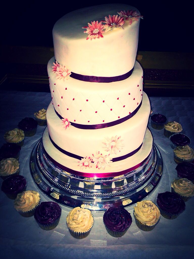 Topsy Turvy Wedding Cake Fruit And Vanilla Sponge