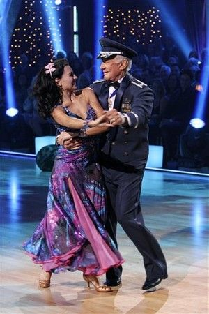 Dwts Season 10 Spring 2010 Buzz Aldrin And Ashly Costa Show Dance Dancing With The Stars Buzz Aldrin