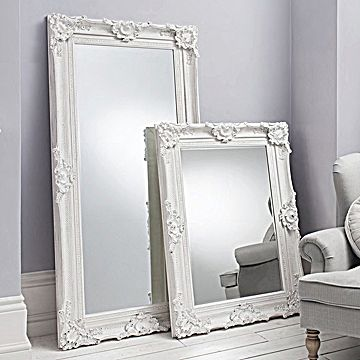 ornate white wall & leaner mirror | marcos antiguos 2 | pinterest