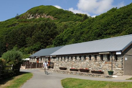 Hendremynach | Barmouth Touring Caravan and Camping Park.... Close to beach 5*