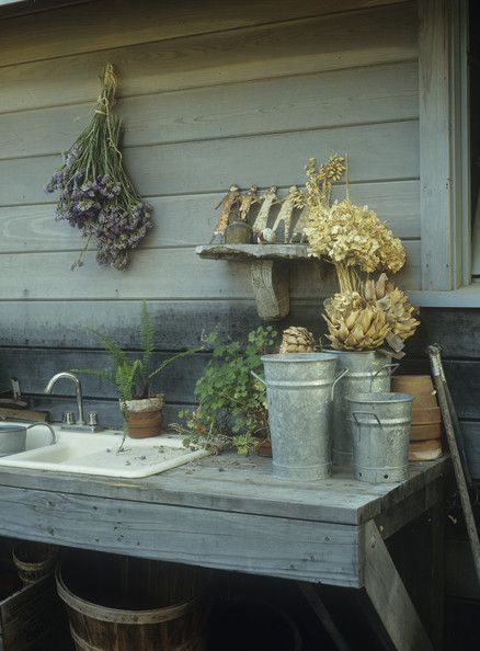 Garden Country Photo--potting bench area http://www.lonny.com/photos/Garden/Country/hPAHwIcwrK_