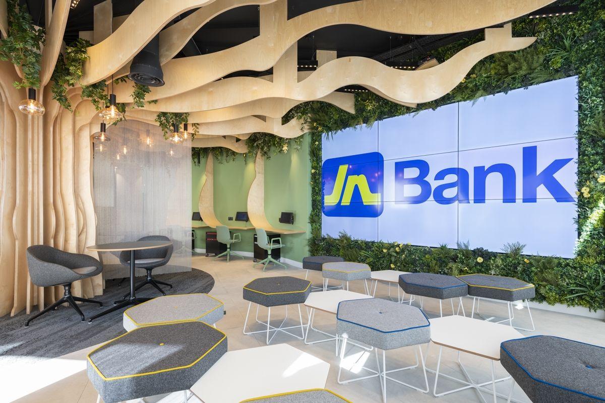 Jn Bank Uk Offices London Office Snapshots Banks Office Beautiful Office Design