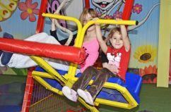 Mcplay Freudenberg Kinder Spass Indoor Spielplatz Toben Spielen Hofbiggen Camping Spielplatz Kinder Spass