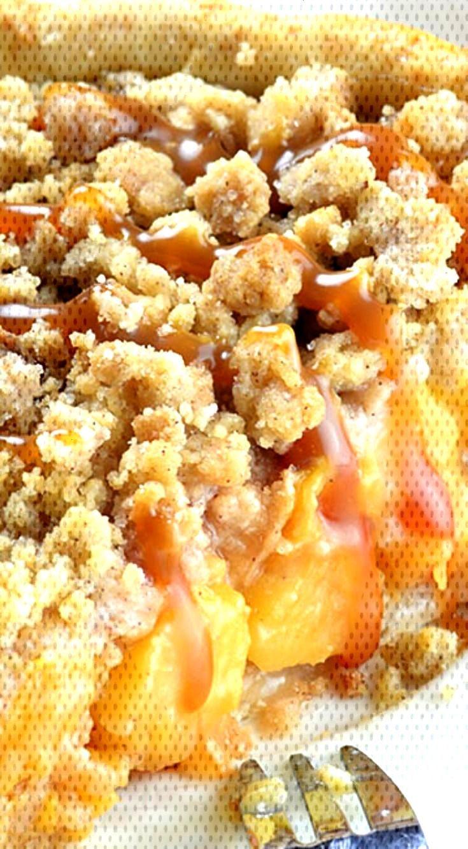 Food Photography - Caramel Crumble Peach Pie