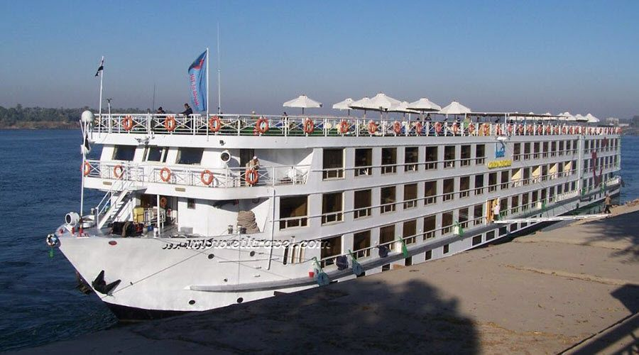 Iberotel Crown Emperor Nile cruise is the second largest ship in the Travcotel fleet. This impressive Five-star Deluxe Nile cruise liner carries travelers