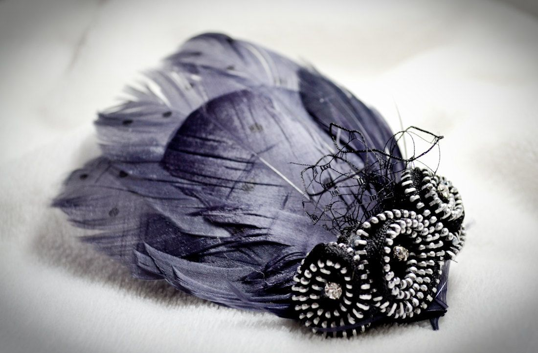 Made by my friend Dania! Hair Fascinator Repurposed Zipper with Vintage by HellBettyBows, $32.20