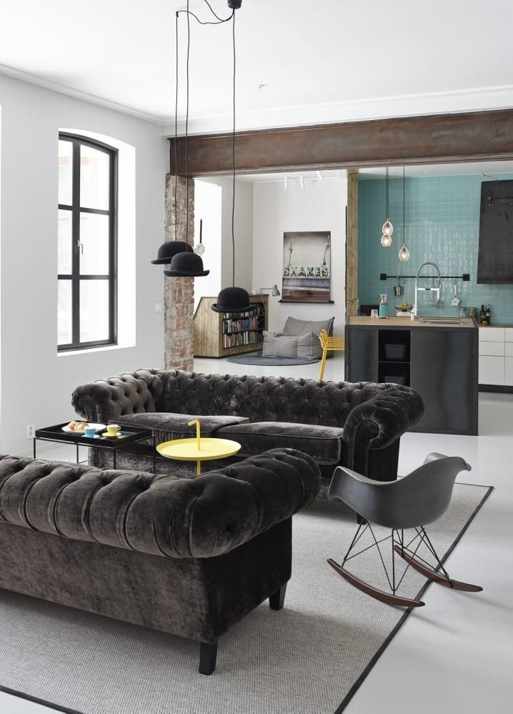 This Room Wins Because Derby Hats As Lights And Velvet Plush Sofas 10 Most Beautiful Rooms