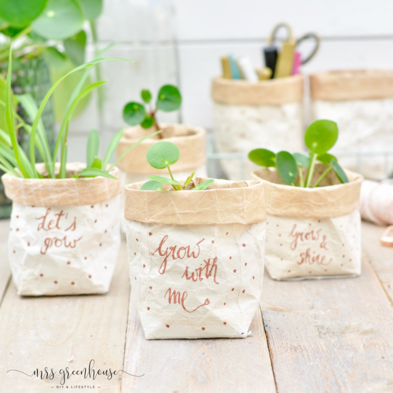 Milchtüten-upcycling - DIY für kleine Pflanztöpfe auf mrsgreenhouse.de #gartenrecycling