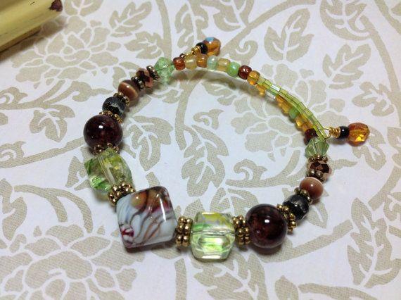 Bracelet en fil mémoire perles Bracelet perles par JewelryCharmers, $15.00