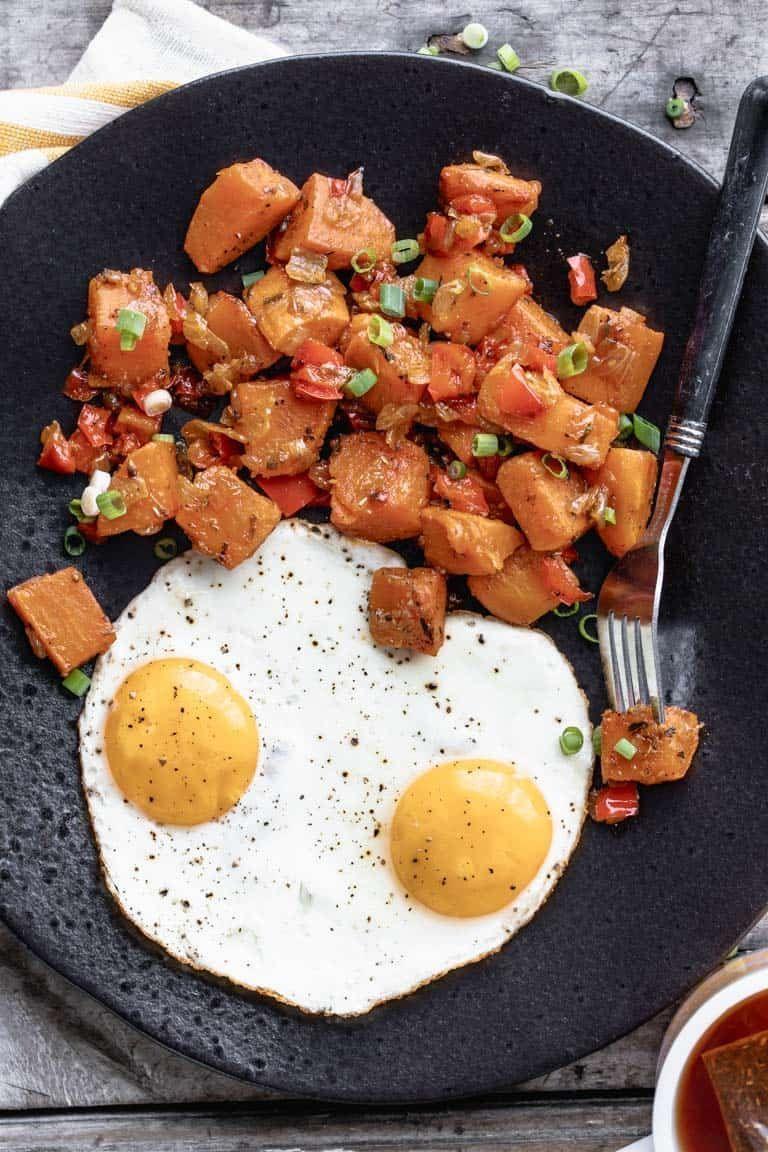 Sweet Potato Breakfast Hash In 2020 Sweet Potato Breakfast Hash Breakfast Potatoes Sweet Potato Breakfast