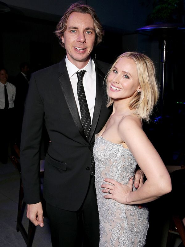 Kristen Bell And Dax Shepard On Voicing New Kids Tv Show It S One Of Our Favorite Ways To Spend Time Together Wedding Photo Sharing Kristen Bell Wedding Courthouse Wedding