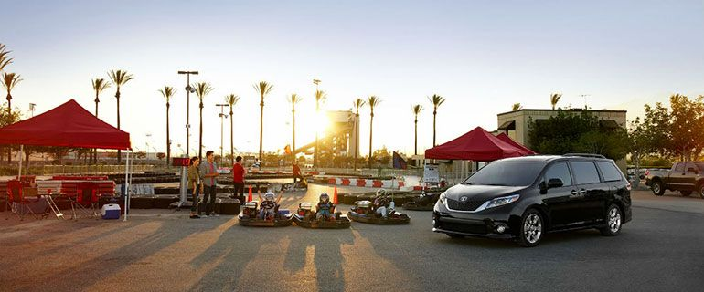 Toyota Sienna Towing Capacity In Details Photo