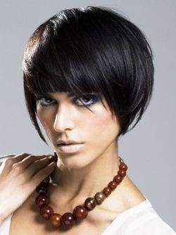 was looking for a trendy short hair cut and i found this lady! i know her!