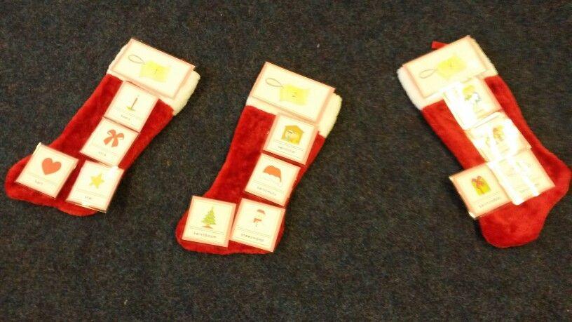 Kerstsok Kleine boom heeft een droom Er komt een warme kerstsok onder zijn boom. Les met woordkaarten, woorden in klankgroepen  verdelen.