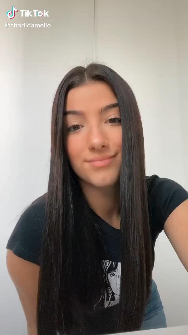 Charlidamelio Tiktok Video Hair Styles Grunge Hair Long Hair Styles