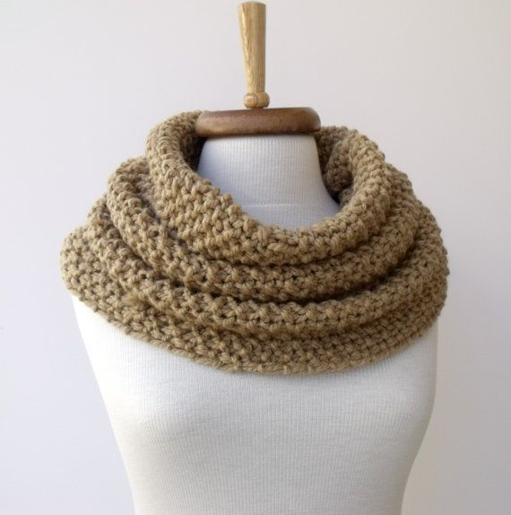 This looks so cozy! By #knittingshop on #etsy $38
