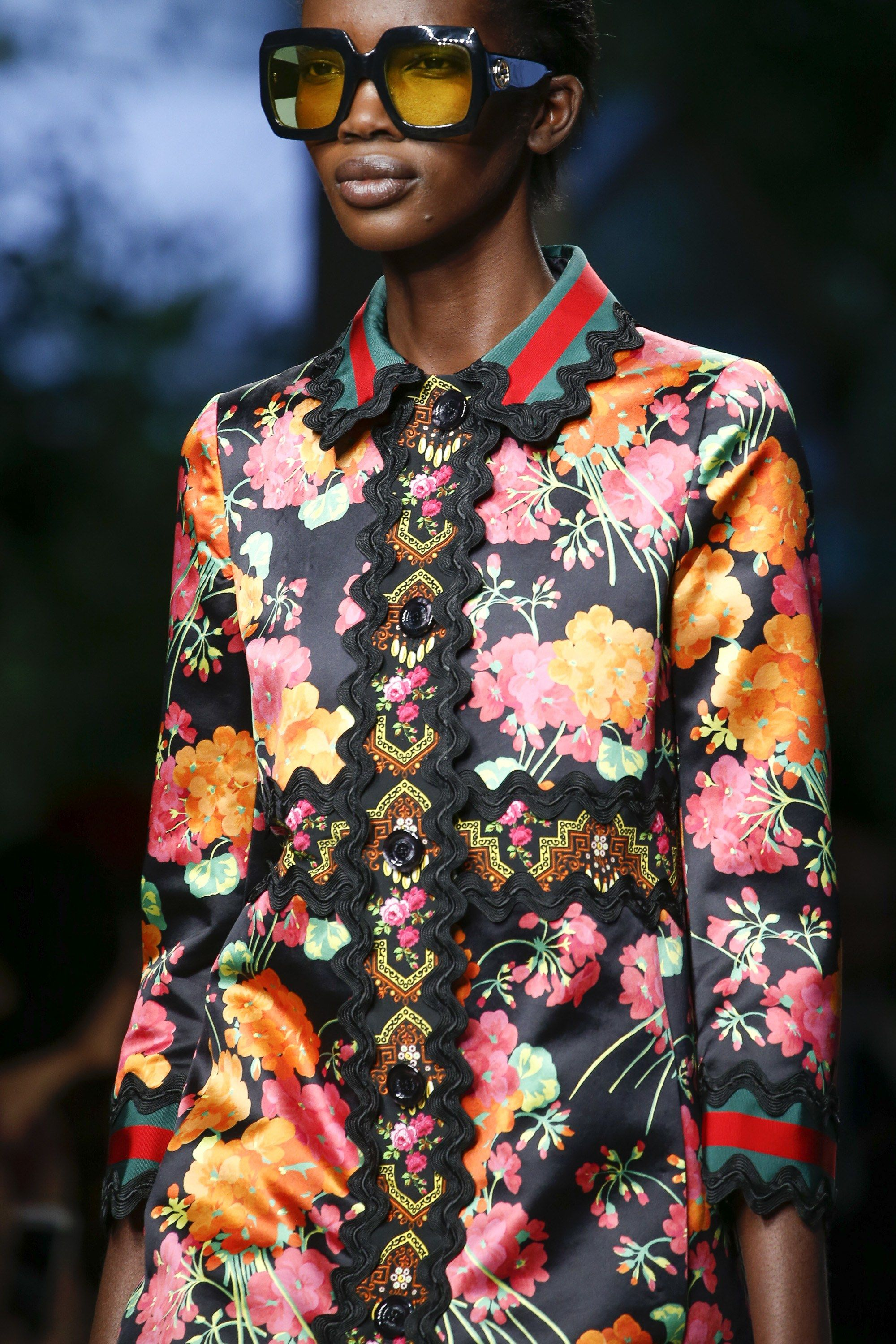 79203200bc Gucci Spring 2016 Ready-to-Wear Fashion Show | Relevant Ready-to ...