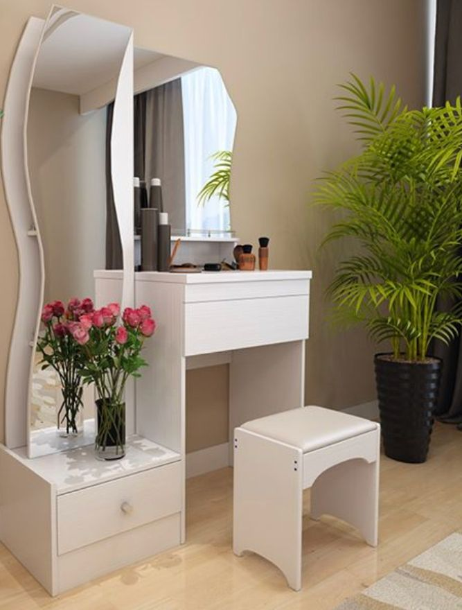 Pin By Dee Dee On Tumblr Dressing Table Design Latest Dressing Table Designs Small Dressing Table