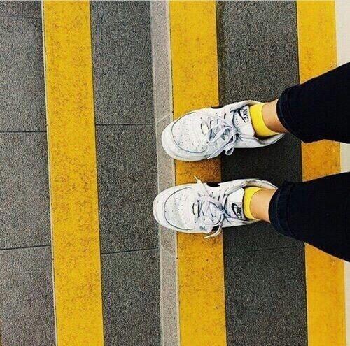 yellow, grunge, and tumblr kép | Amarelo, Ideias de estilo
