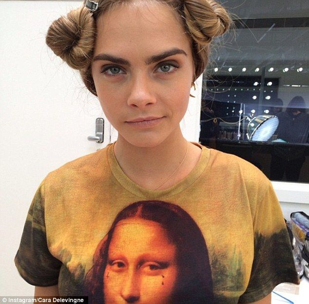 Cara Delevingne Lands First Lead In Film Adaptation Of Paper Towns
