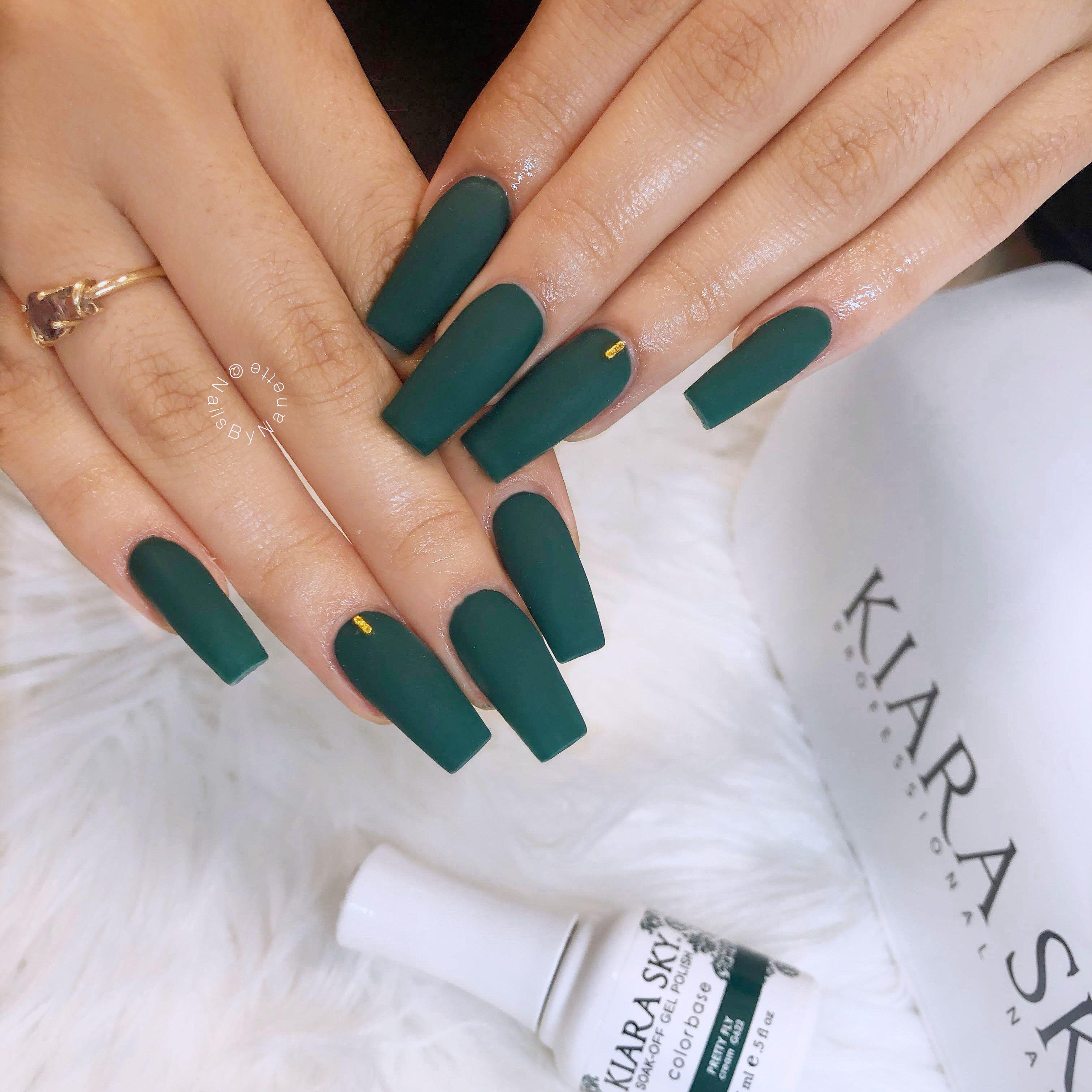 Pin by Nanette Davila on Nail Art   Glittery nails