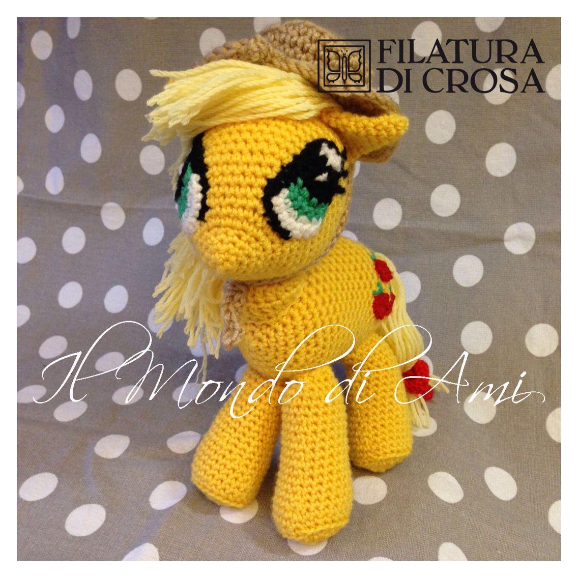 """Mio Mini Pony """"Applejack"""" Amigurumi realizzato con filato """"Principessa"""" e microfibra """"Excellent baby"""" Filatura di Crosa. Uncinetto fatto a mano. Amigurumi """"Applejack"""" my little pony. Handmade crochet."""