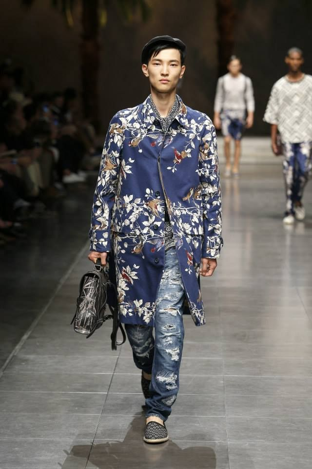 Dolce&Gabbana Summer 2016 Men's Fashion Show.