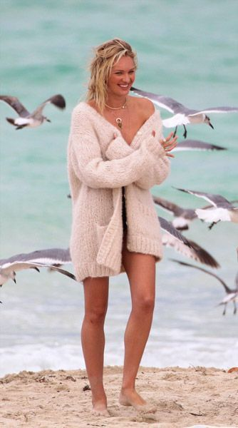 Candice Swanepoel sulle orme di Marilyn   Candice   Pinterest ca53b22ebe6f