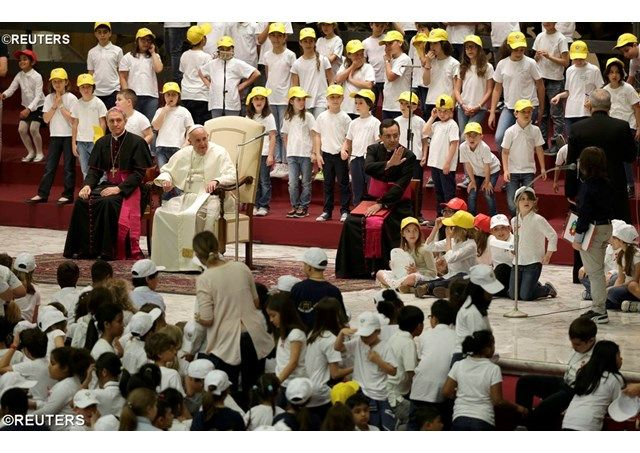 "Pope Francis greets children of the ""Peace Factory"" Vatican Radio"