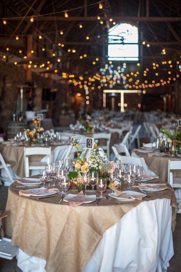 Decoraci n con yute de estilo r stico bodas cosas bonitas pinterest estilo r stico yute - Decoracion bodegas rusticas ...