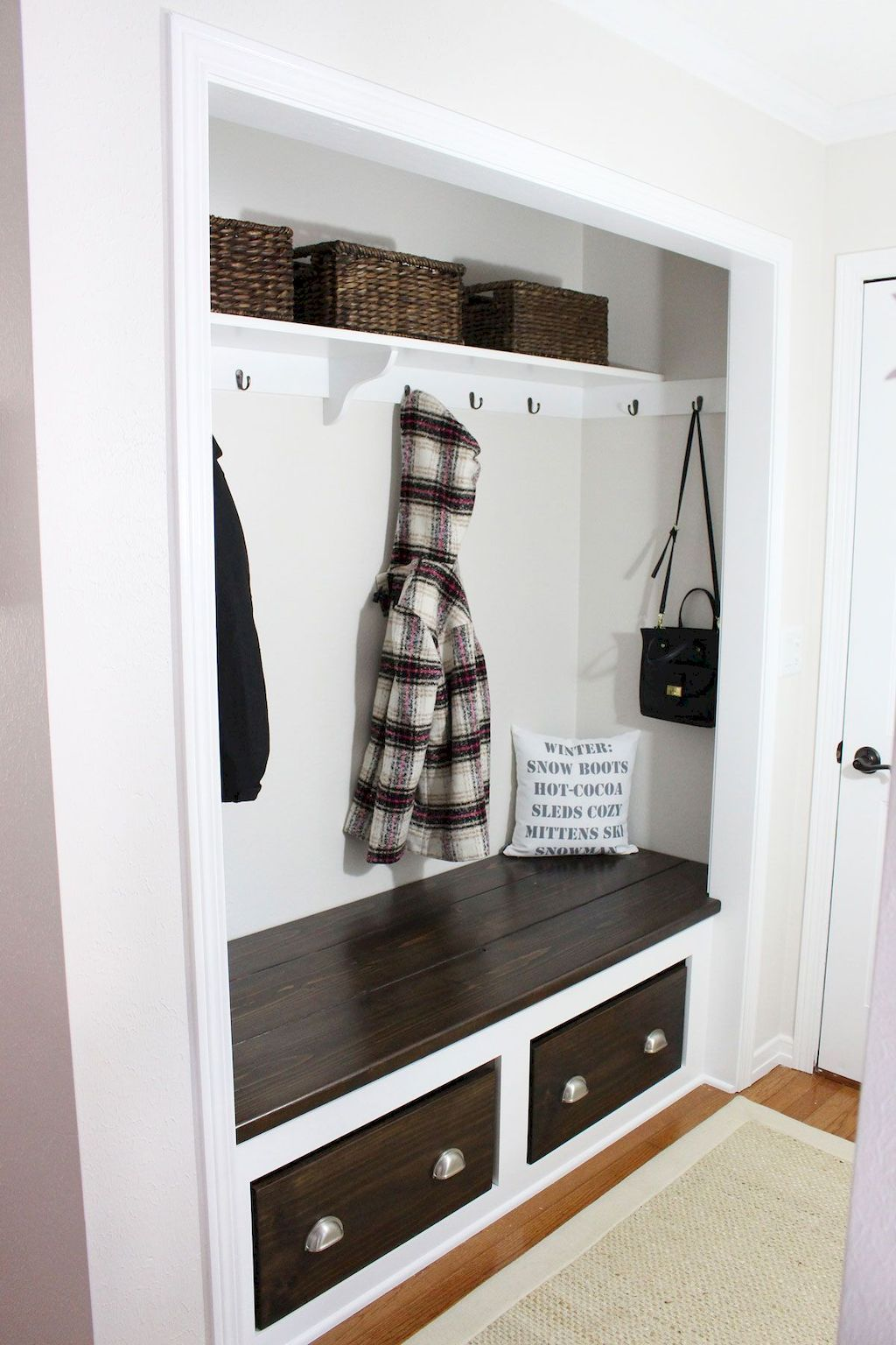 Mudroom Ideas Count On Us It S Feasible No Matter How Much Room You Re Collaborating With We Have Actually Got Mudroom Closet Closet Remodel Entry Closet