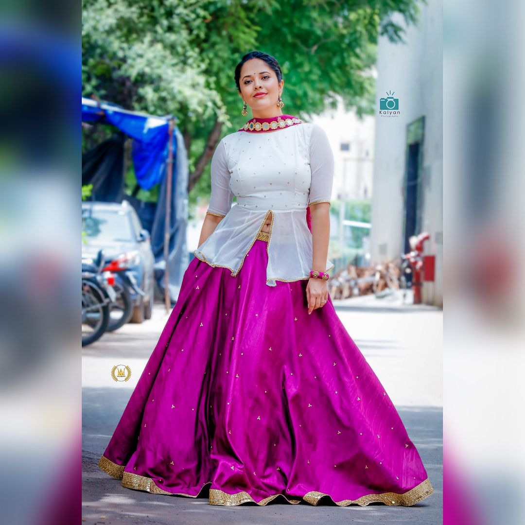 Actress Anasuya Bharadwaj Latest Photoshoot Pics Indian Designer Outfits Indian Dresses Beautiful Indian Actress