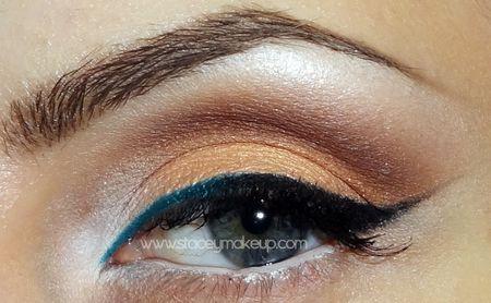 Neutral cat eye with a twist http://www.makeupbee.com/look_Neutral-cat-eye-with-a-twist_41125