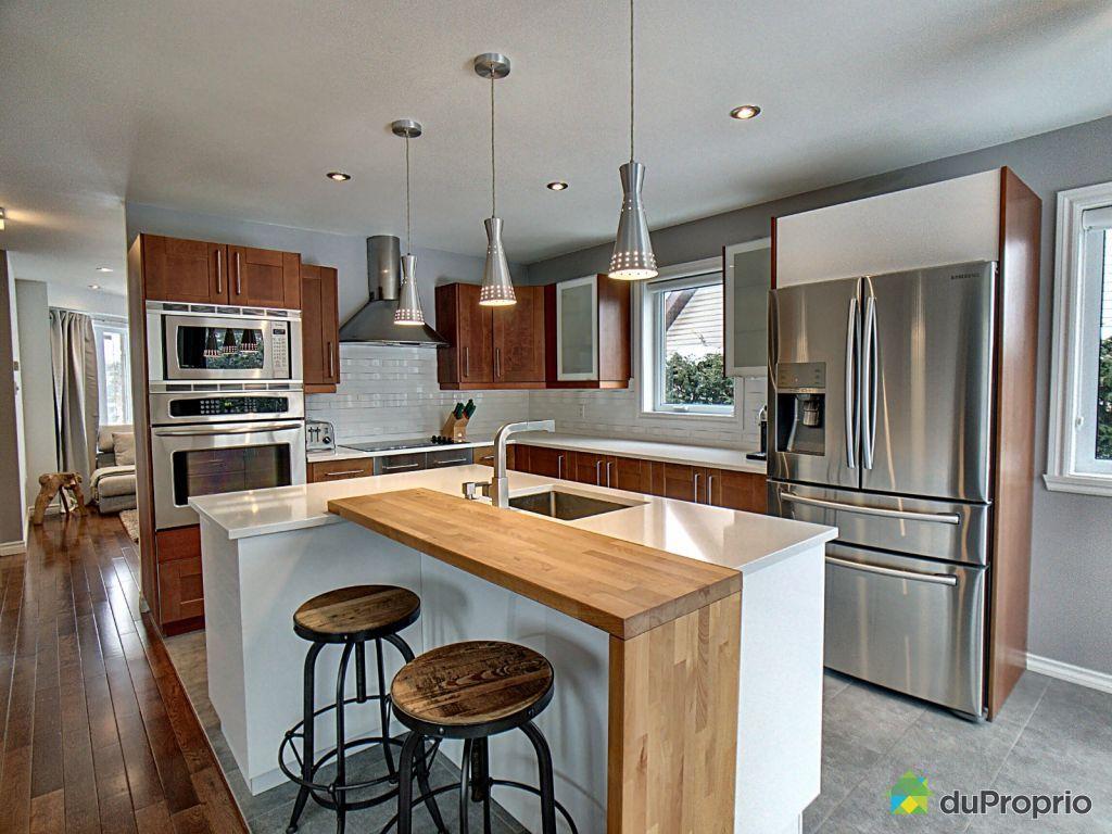 671 Rue Nicole Blainville A Vendre Duproprio In 2020 Home Home Decor Breakfast Bar