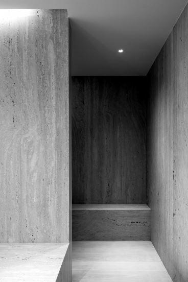 Wm apartment in knokke by vincent van duysen vincent for Minimalistische wohnungseinrichtung