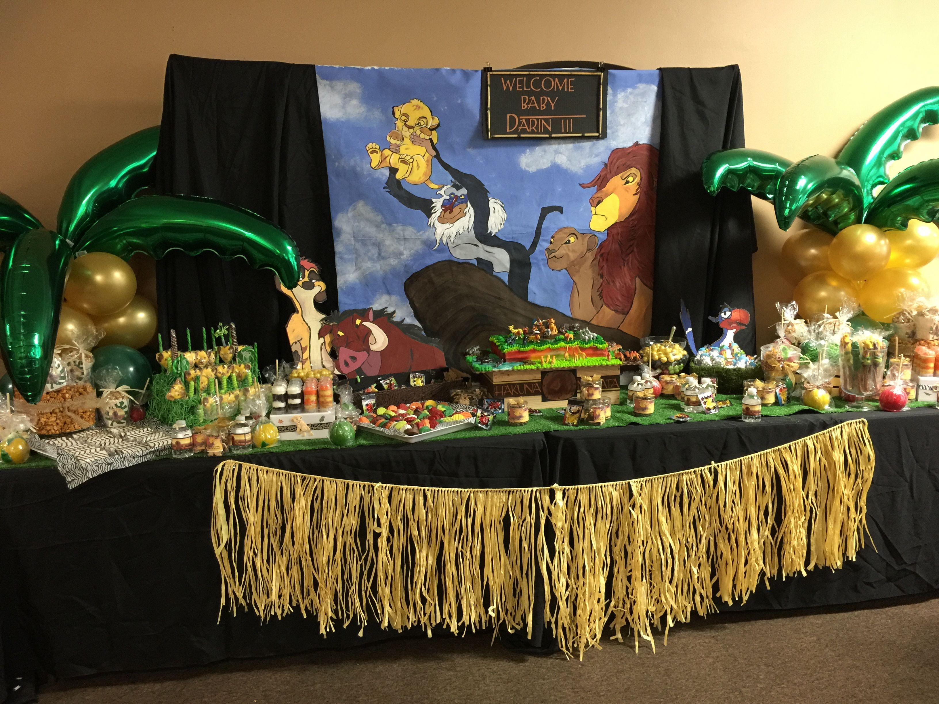 lion king candy table