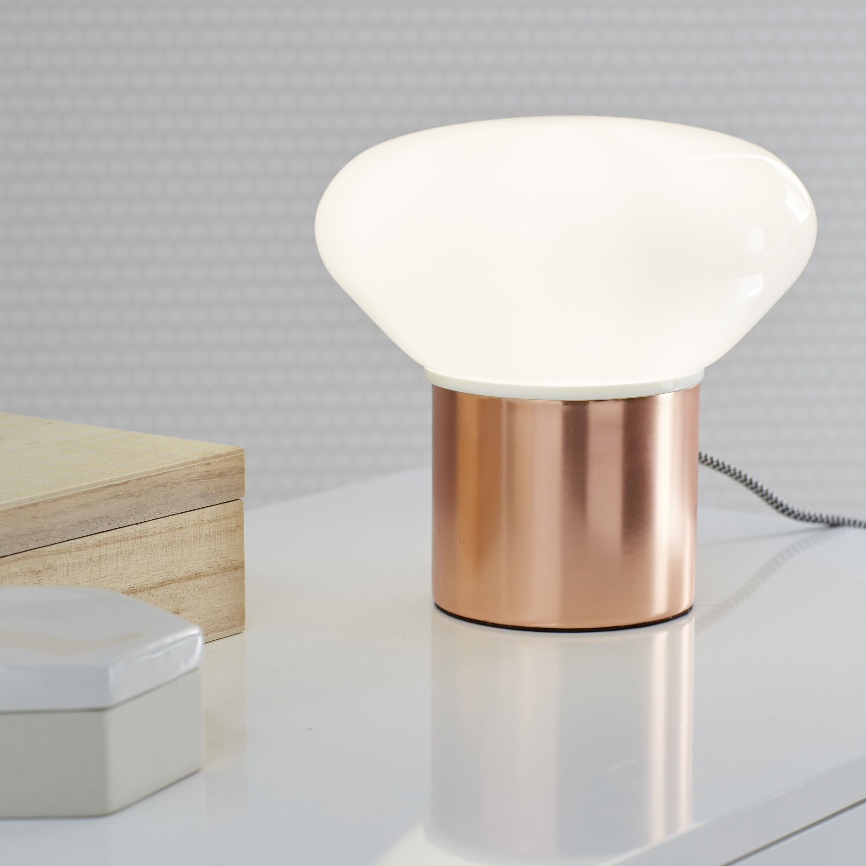 Lampe Taku Inspire Verre Blanc Pour Une Deco Parfaite Leroymerlin Lampe Cuivre Tendance Scandinave Ideedeco Madecoamoi Lamp Side Table Inspiration
