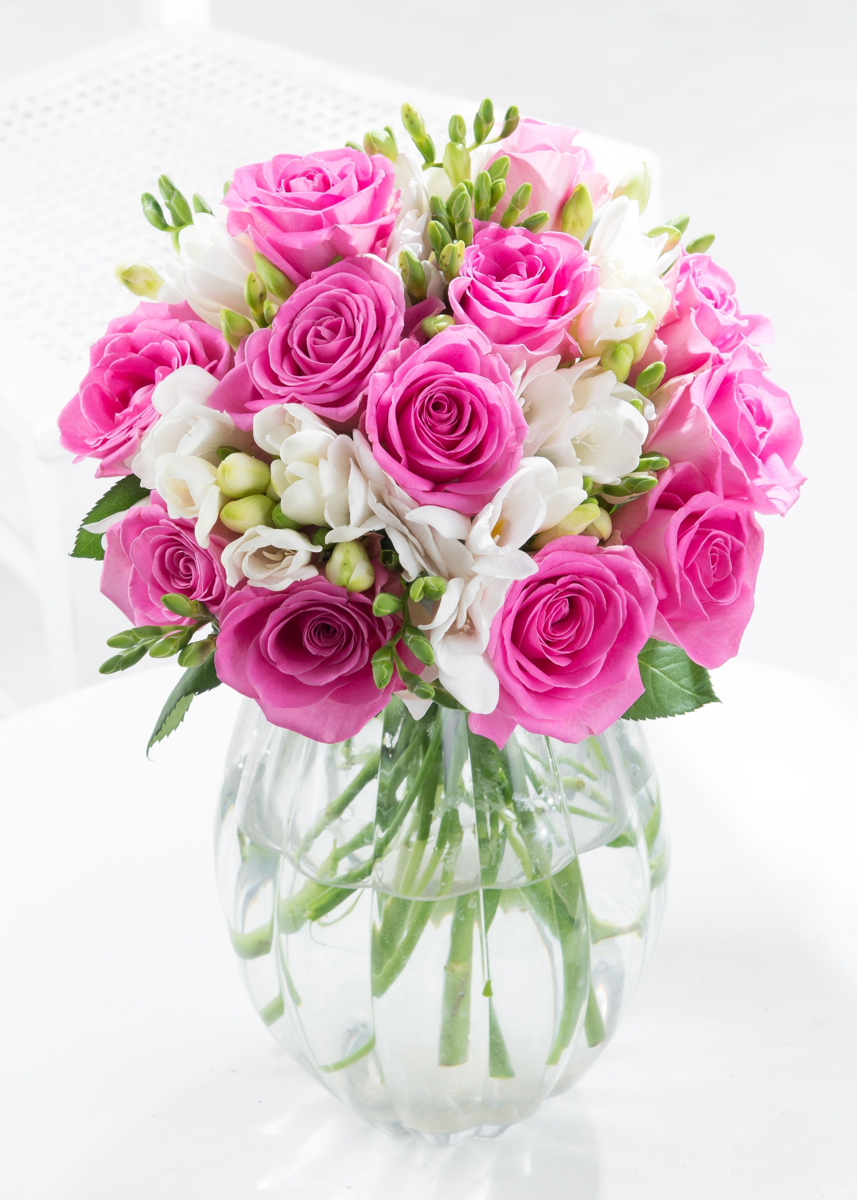 Go elegant with this rose and freesia bouquet. Freesia