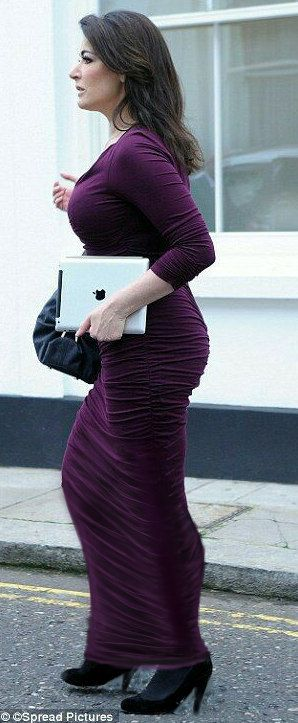 All Sizes Nigella Lawson Wearing A Figure Hugging Long Dress Flickr Photo Sharing