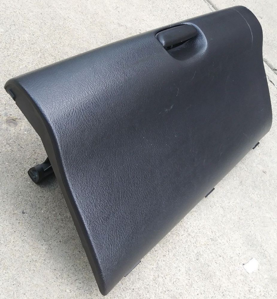 1998 1999 2000 2001 2002 Dodge Ram Glove Box Glovebox Compartment Storage Bin Oe Dodge Ram Dodge Ram 2500 Used Car Parts